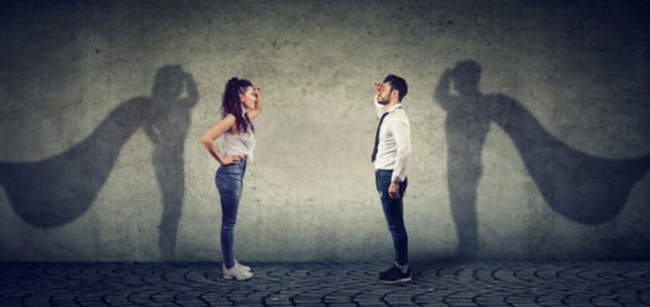 uomo e donna coraggiosi online
